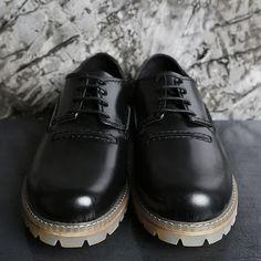 [Saint Laurent] COWSKIN Leather .ct Pattern Clipper SHOES