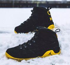 83012e1116e air jordan brand 9 ix boot nrg black yellow maize gold university of michigan  wolverines football player exclusive pe custom snow michael
