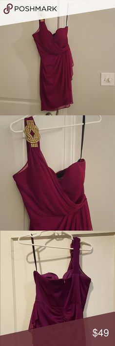 Nordstrom Xscape magenta dress. Size 10 runs small This dress was my sister-in-law's. She more of an 8. It's stretchy and should fit a 6-10. One strap with embellishment. Great condition, only worn a handful of times. Originally purchased new from Nordstrom. Make an offer! Xscape Dresses Mini