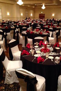 black white christmas wedding | Black white & red table settings for reception