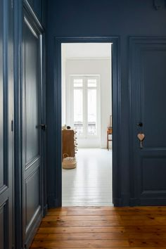 Le bleu, ma couleur favorite est LA star du moment de nos intérieurs. Petit tour de ses utilisations possibles !