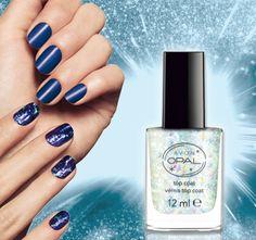 AVON AVON Opal-Überlack.  Schillernde Effekte.  Der Opal-Überlack zaubert tolle schillernde Effekte auf Ihre Nägel. Besonders mit dunklen Nagellack-Farben sieht der Opal-Lack sehr eindrucksvoll aus.