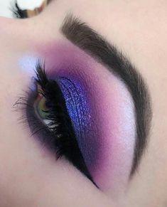 makeup blue Eyeshadow Looks Deepest and dreamiest Purple eye makeup Tiefstes und vertrumtestes Lila Augen Make-up Purple Eye Makeup, Colorful Eye Makeup, Eye Makeup Art, Eye Makeup Tips, Smokey Eye Makeup, Makeup Inspo, Eyeshadow Makeup, Eyeliner, Makeup Ideas