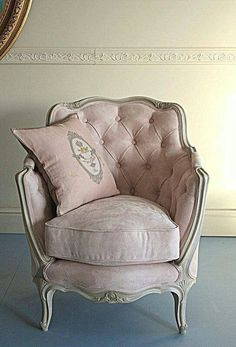 The 3 Pieces of Furniture Essential for a Shabby Chic Bedroom – We Shabby Chic Furniture, Shabby Chic Decor, Beautiful Furniture, Home Furniture, French Furniture, Chair, Pink Chair, Vintage Chairs, Shabby Chic Furniture