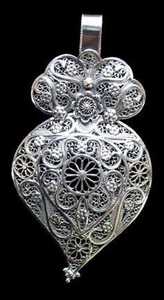 Portuguese traditional filigree design - Viana's heart.