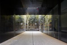 Biblioteca Sant Antoni - Joan Oliver. RCR Arquitectes. Barcelona, Espanha. 2002-2007.