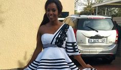 Xhosa umbhaco outfit