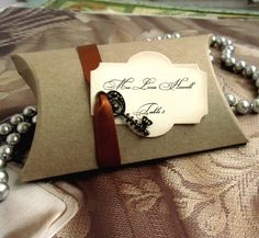 Wedding Favor Box - Vintage inspired - Key - Escort card - Place card - Seating Chart