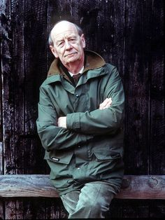 William Trevor, Writer Who Evoked the Struggles of Ordinary Life, Is Dead at 88 - The New York Times