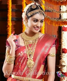 Indian Wedding Blouse Designs For Silk saree area unit here; if you're going for a south Indian Wedding then it's incomplete while not Silk saree Indian Bridal Makeup, Bridal Beauty, Bridal Looks, Bridal Style, Indie Mode, Barbie, Indian Silk Sarees, Braut Make-up, South Indian Bride