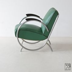 Streamline tubular steel chairs of the Art Déco, Streamline - Zeitlos Berlin (Chairs & Armchairs Iron Furniture, Modern Bedroom Furniture, Steel Furniture, Retro Furniture, Unique Furniture, Furniture Design, White Furniture, Furniture Online, Metal Chairs
