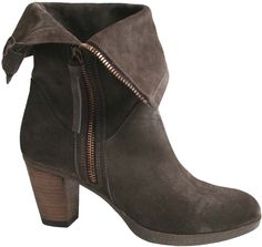 Style 111154-01; bootie for fall