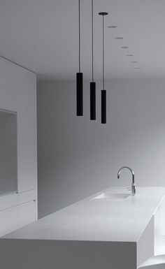 Reminds me of Belly Contemporary Kitchen Design, Interior Design Kitchen, Modern Interior Design, Cool Lighting, Modern Lighting, Lighting Design, Pendant Lighting, Küchen Design, Lamp Design