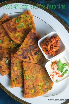 These Peas & Corn Stuffed Parantha are made by stuffing filling inside whole wheat flour to make a delicious and healthy Indian style flatbread. Indian Food Recipes, New Recipes, Vegetarian Recipes, Cooking Recipes, Favorite Recipes, Healthy Recipes, Ethnic Recipes, Healthy Food, Recipes Dinner