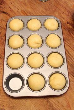 """J'ai vu, j'ai essayé.. et On a aimé cette vraie brioche au beurre, recette trouvée sur l'excellent blog de """"C'est ma fournée"""" J'aime toutes les recettes à base de pâte levée et quand j'en trouve une qui me plaît, il me faut l'essayer J'étais pourtant..."""
