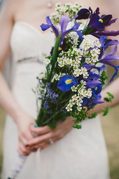 Iris Bouquet / Mountainside Bride
