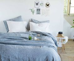 Passion for Linen 100 % stonewashed chambray linnen.