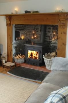 Fantastic Photos Fireplace Mantels with corbels Thoughts Remote Luxury Coastal Cottage in North Cornwall Cottage Living Rooms, Cottage Interiors, My Living Room, Home And Living, Style At Home, Coastal Cottage, Coastal Homes, Coastal Living, Coastal Decor