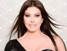 Είναι μια από τις πιο γνωστές τραγουδίστριες της Ελλάδας, με πολλές και μεγάλες επιτυχίες...στο ενεργητικό της. Πρόκειται για την Άντζελα