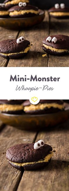 Die Kombination aus süßem Schokoladenteig und frischer Orangen-Butter-Creme macht die Mini-Monster zum echten Leckerbissen auf jeder Halloween-Party.