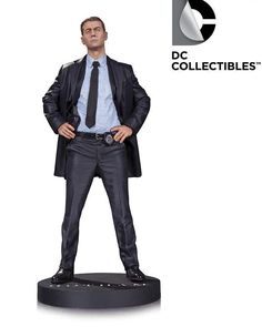Pre-Order DC Comics Gotham James Gordon Statue