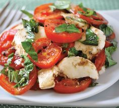 Perfect Caprese Salad Recipe, add a little Winona Pure Olive Oil and make it the perfect summer treat #easy