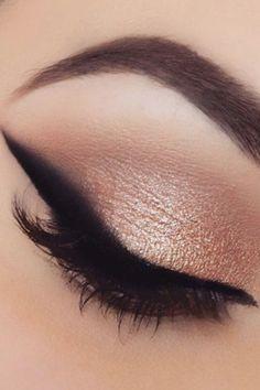 Pin for Later: Verschwommener Eyeliner ist der neue Beauty-Trend, der euer Leben leichter macht