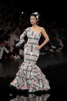 900 Ideas De Flamenca Vestidos De Flamenca Trajes De Flamenco Flamenco