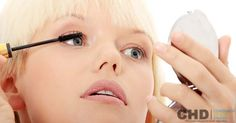 Tricks to Naturally Lengthen Your Eyelashes With Vaseline