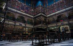 Blog dos Librianos: Librianos adoram livros.   Uma das mais belas bibl...