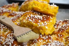 Saffransbullar i långpanna med krämig vitchokladfyllning Christmas Sweets, Christmas Baking, Xmas, Bagan, Baking Tips, Food For Thought, Food And Drink, Cooking Recipes, Tasty
