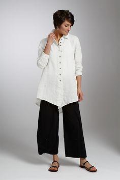 Jackson Big Shirt in linen, by Cynthia Ashby...