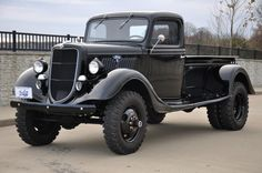 1935 Ford Dually - RCCrawler