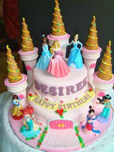 A Disney Princess Castle fondant cake. The cake is light vanilla butter cake. Castle towers are edible. Fancy Cakes, Cute Cakes, Cupcakes Princesas, Bolo Fondant, Princess Theme Birthday, Princess Party, 4th Birthday, Birthday Ideas, Disney Cakes