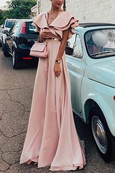 SPECIFICATIONS: ProductName Sexy Pink Short Sleeves V Neck Maxi Dress Brand Lolabuy Color Pink SKU INY7244CCB4ABFD Gender Women Style Elegant/Sexy/Fashion Type MaxiDress Occasion Party/Vacation/DailyLife Material Polyesterfiber Sleeve ShortSleeves ProductNo. WYX0702 Decoration Plain