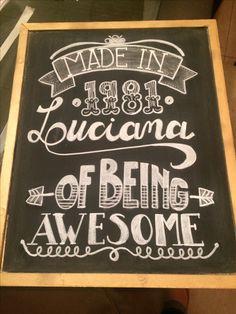 Feito por mim! #blackboard #chalkboard #arteemgiz #calligraphy #lettering #lovetype #chalk #giz #lovegiz #handlettering #tipography #handmadefont #designinspiration #artistavisual #photoboot #homeart #poesia #amorearte #typegang #handlettering #feitopormim #riscosdegiz #lookprofile #gizelousa #letrista #artista #caligrafia #artecaligrafia #tipografia #ilustração