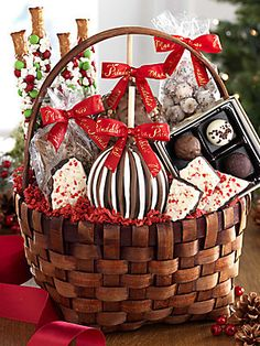 Mrs. Prindable's Classic Deluxe Holiday Basket