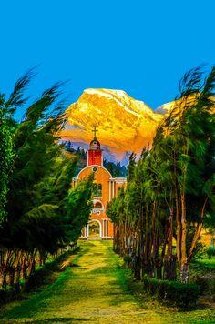 Huascarán National Park, Cordillera Blanca, Andes, Peru