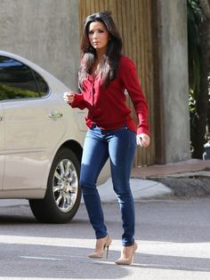 Eva Longoria: Red Hot Work Day in Santa Monica!: Photo Eva Longoria is red hot while heading to work on Monday (January in Santa Monica, Calif. Casual Outfits, Cute Outfits, Fashion Outfits, Womens Fashion, Fashion Trends, Casual Chic, Eva Longoria Style, Eva Longoria Hair, New Blouse Designs