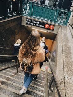 Photos And Postcards From New York City New York Pictures, New York Photos, City Aesthetic, Travel Aesthetic, Aesthetic Girl, Tmblr Girl, Nyc Pics, Foto Madrid, Poses Photo