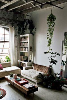 Home: Eleven Inspiring Bohemian Rooms  (Hanging plants and vintage charm: Freunde von Freunden, via Isabel Wilson)