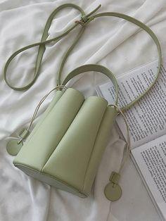 Ins Popular In Summer Pure And Fresh Literary One Shoulder Aslant Bucket Bag Green Purse, Boho Bags, Summer Bags, Cute Bags, Vintage Handbags, Mini Bag, Fashion Bags, Gucci Bags, Leather Bag