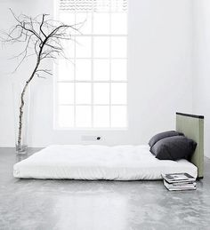 This is the best kind of minimalism. It looks calming not cold or empty, even.