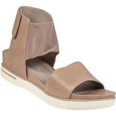 a3b925dcd92 Women s Designer Shoes - Stuart Weitzman