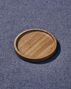 medium white oak plate White Oak, Bamboo Cutting Board, Safe Food, It Is Finished, Plates, Medium, Wood, Design, Licence Plates