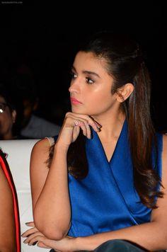 Alia Bhatt for Discon on 7th Jan 2017 / Alia Bhatt - Bollywood Photos