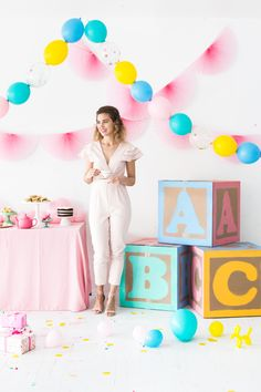 Here's a little secret: everything's cuter when blown up to GIANT proportions. Today's DIY is the perfect example. These larger-than-life baby blocks are the perfect decoration idea for a baby shower.