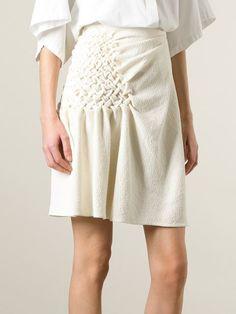 Modesty Fashion, Fashion Dresses, Estilo Unisex, Structured Fashion, Smocking Patterns, Fashion Details, Fashion Design, Pleated Fabric, Weird Fashion