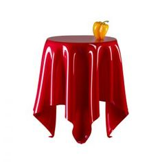 Illusion Round Acrylic Table in Red