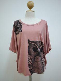 Pretty Owl (FreeSize ) : Owl Animal Art Fashion Bat Sleeve  Women TShirt Short Sleeve TShirt Coral Screen Print Cotton. $20.00, via Etsy.